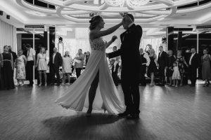 Reportaż ślubny Anity i Dawida – Leśna Promenada